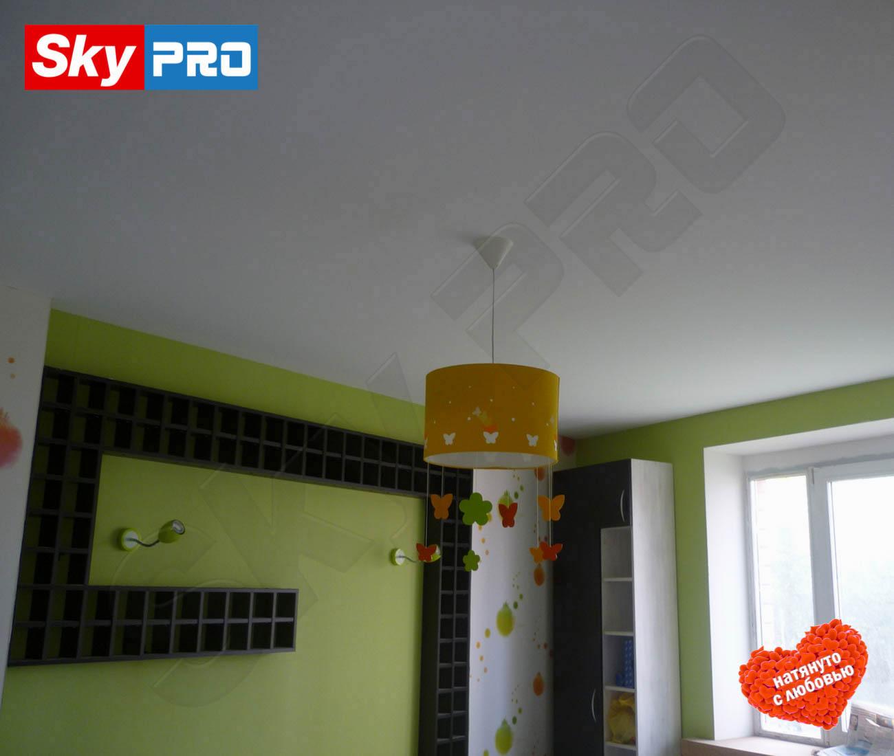 Белый тканевый натяжной потолок Классик цена за метр